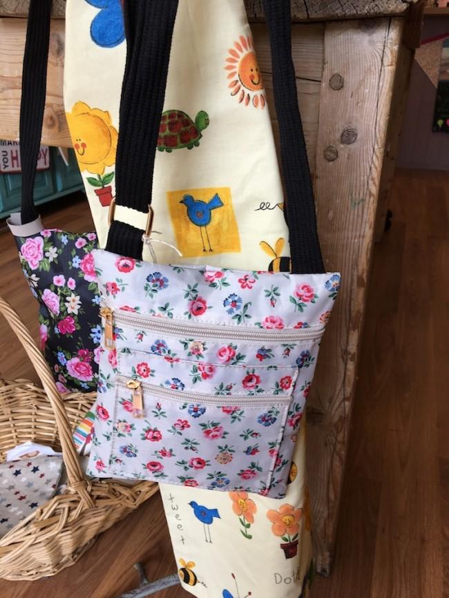Floral Design Bag (Cream)